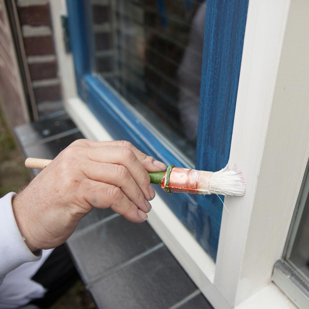 Huis schilderen schildersbedrijf asten robert manders for Wat kost een huis schilderen
